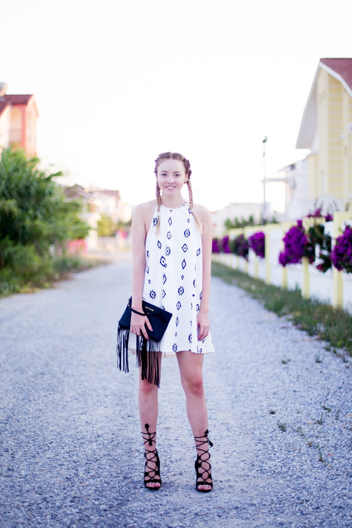 outfit: weißes sommerkleid - the limits of control