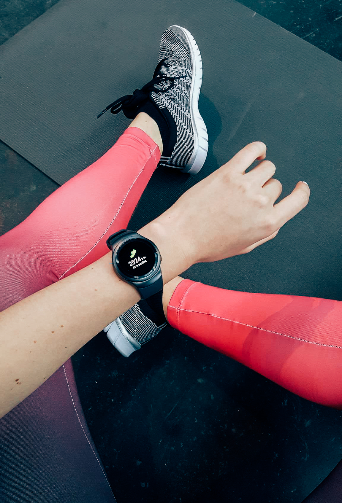 Kayla Itsines Bootcamp powered by Samsung Gear S2