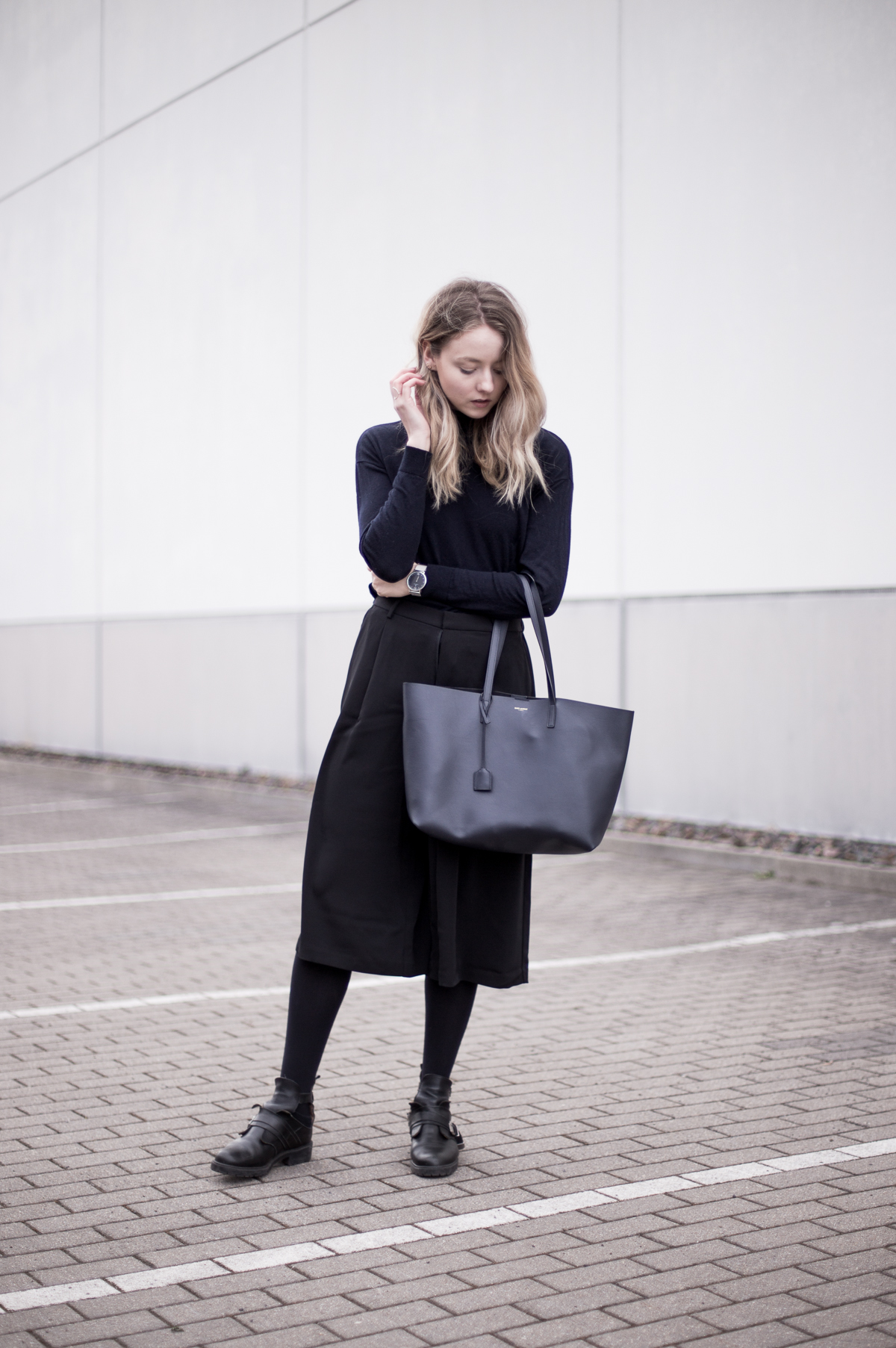 Outfit: Culottes & Saint Laurent Shopper