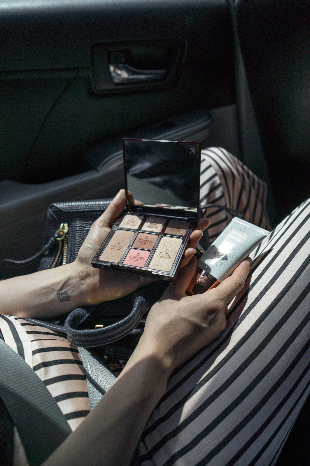 Video: The 5-Minutes Taxi-Glow-Look w/ Charlotte Tilbury
