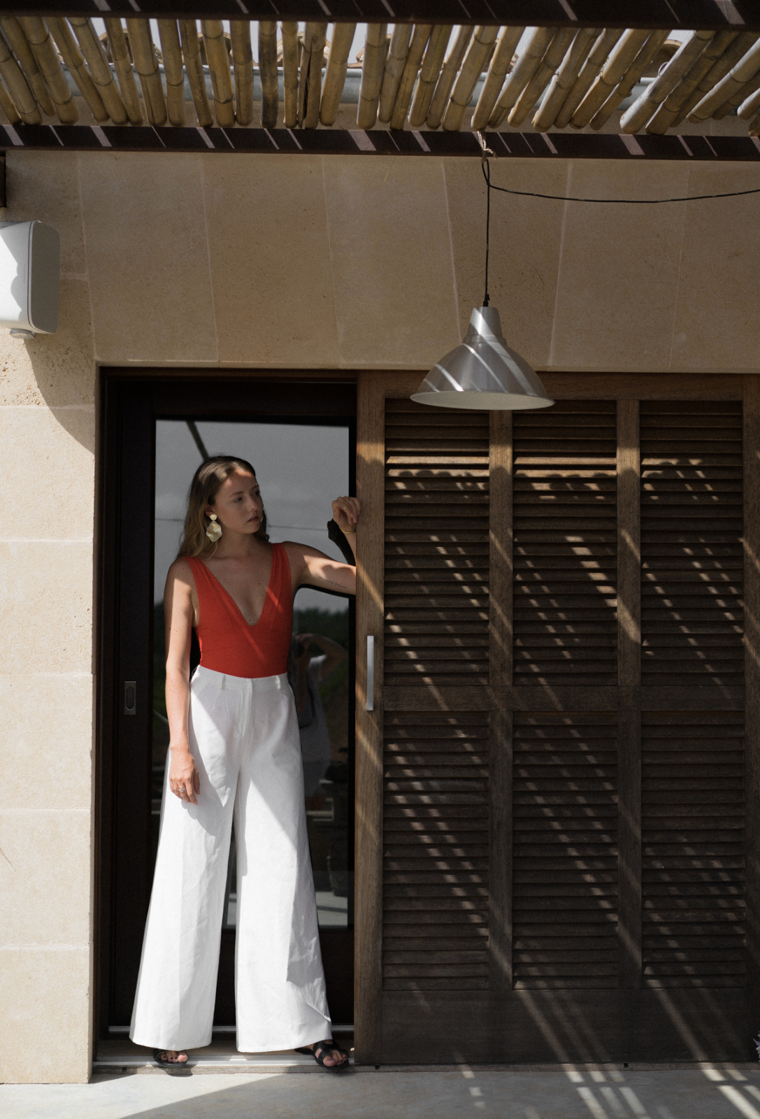 wide white trousers_thelimitsofcontrol_fashionblog_outfit_mallorca_10