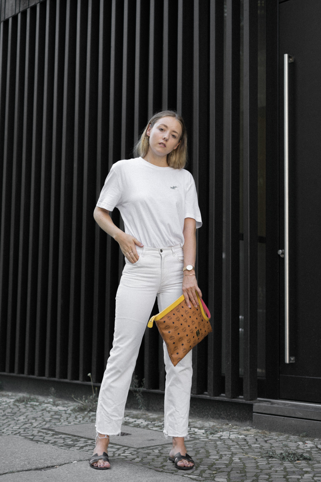All white_TheLimitsofControl_Fashionblogger_Berlin_Deutschland_Germany
