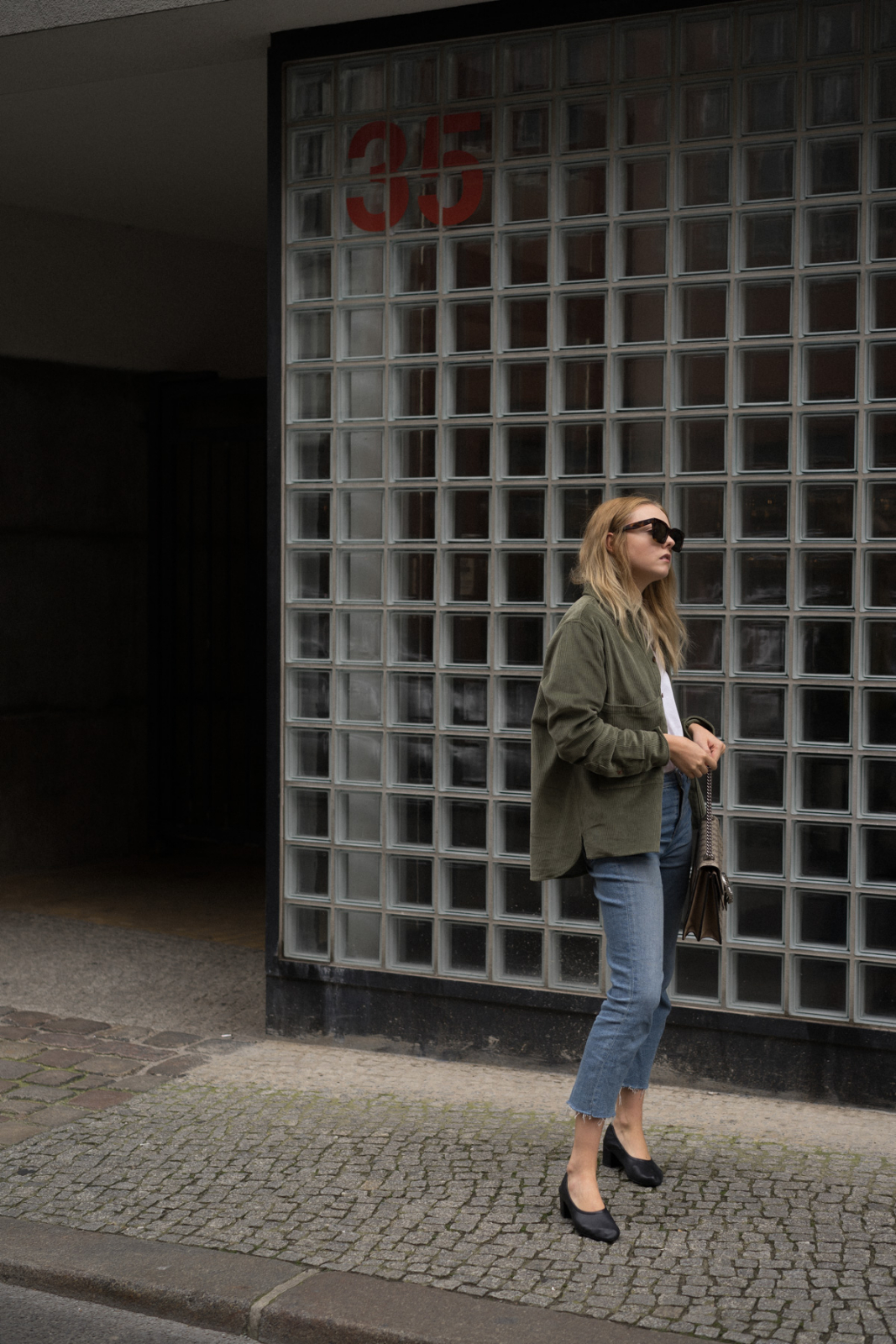 Jeans_blog_instagram_Blogger_Fashion_deutschland_beauty_style_bloggerin_travel_berlin_thelimitsofcontrol