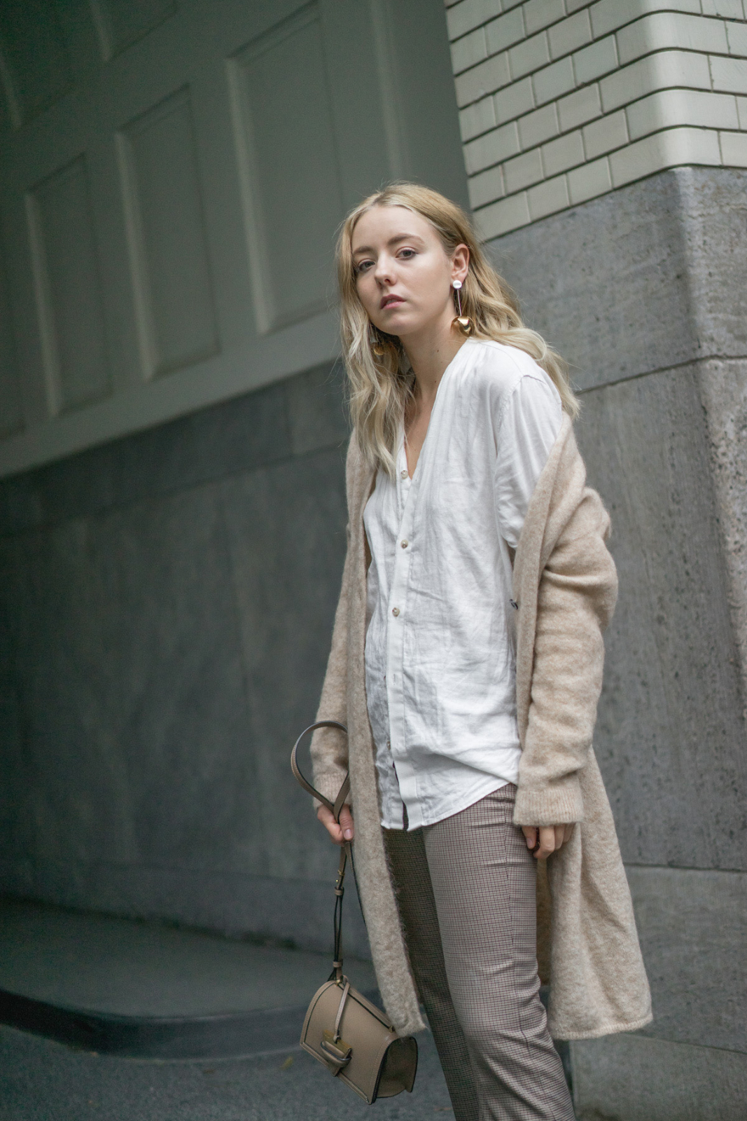 All beige_cozy fall_blog_instagram_Blogger_Fashion_deutschland_beauty_style_bloggerin_travel_berlin_thelimitsofcontrol_1