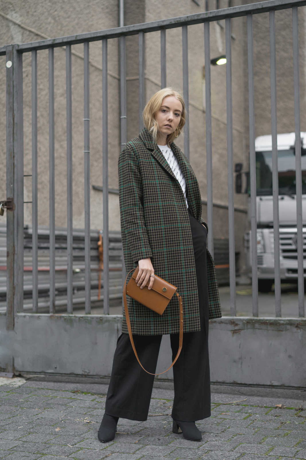 blog_instagram_Blogger_Fashion_deutschland_beauty_style_bloggerin_travel_berlin_thelimitsofcontrol_checked Coat
