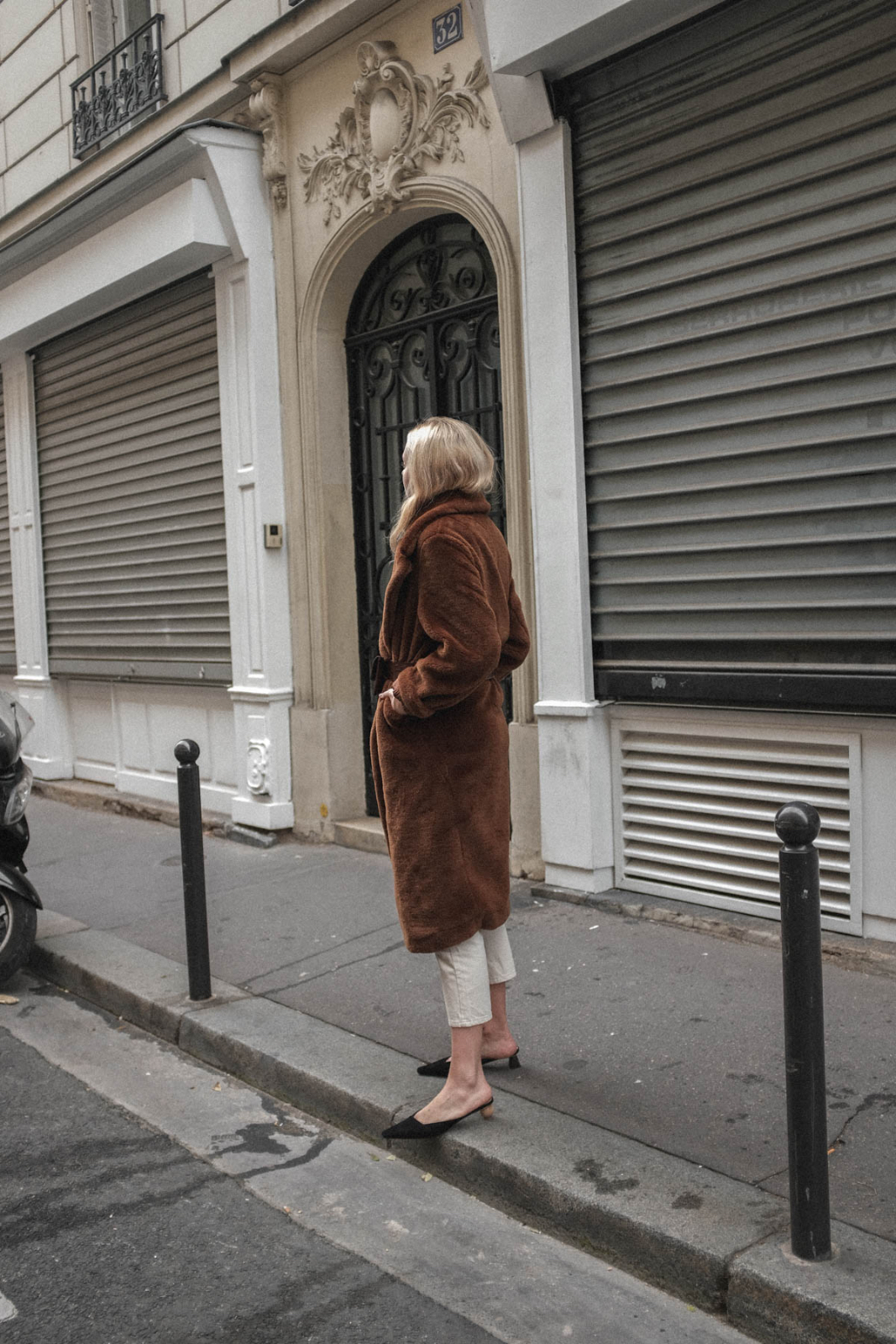 TheLimitsofControl_Outfit_Paris_Teddy Coat